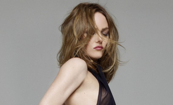 Love Songs », le 6ème et nouvel album studio de Vanessa Paradis